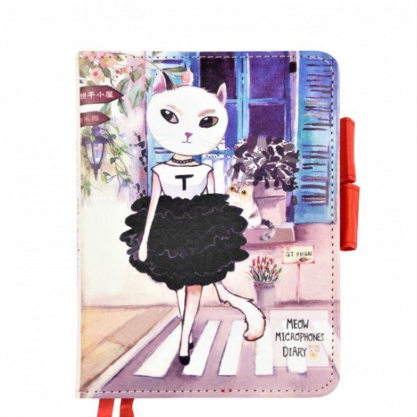 """Ежедневник на кнопке """"Beauty cat"""" (черное платье) А6, 112 страниц."""